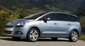 """Peugeot 5008: сколько """"вешать в фунтах""""?"""