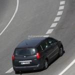 В очередной раз замечен прототип Peugeot 5008